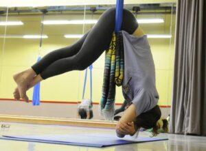 hc-aerial-yoga-20131102-005